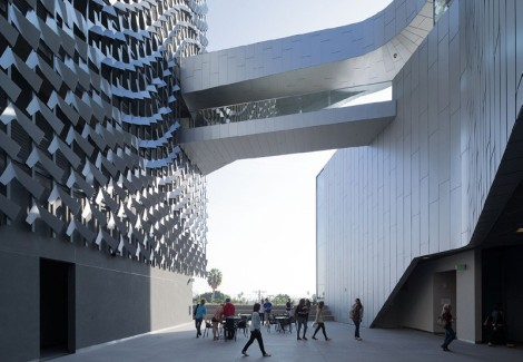 Image courtesy of http://www.e-architect.co.uk/wp-content/uploads/2014/02/emerson-college-los-angeles-m260214-ib-1.jpg